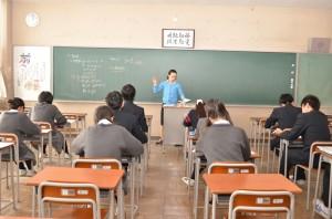 父母と教師の会後援会・教育振興会総会・授業参観を開催しました