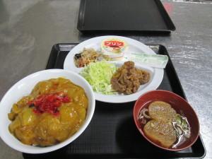 学食を紹介します。